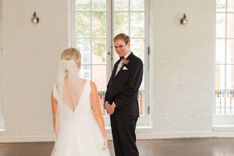 historic-post-office-wedding-kelley-stinson-photography-0016