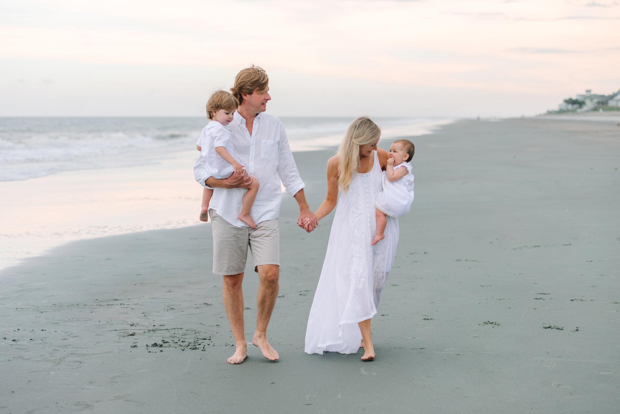 Myrtle Beach Family Photos - Top Family Photographer in Myrtle Beach and Pawleys Island